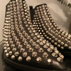 Cesare Paciotti - Studded ankle boots